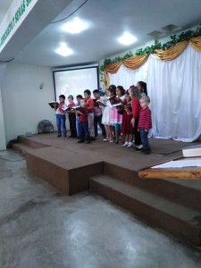 Patch the Pirate children singing on Easter Sunday
